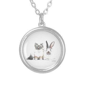 Chaton et lapin pendentif rond