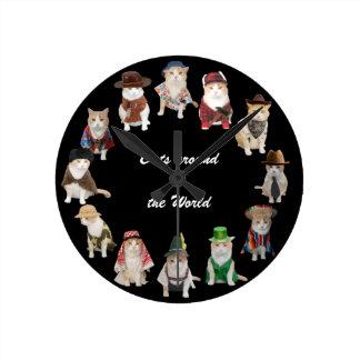 Chats autour du monde horloge ronde