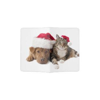 Chats et chiens - chat de Noël - chien de Noël Protège-passeport