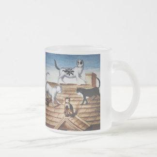 Chats français vintages sur un toit mug