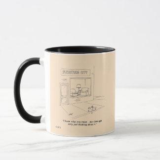 Chats griffant des meubles mug