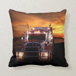 Chauffeur de camion coussin décoratif