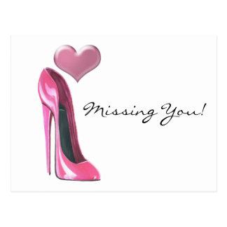 Chaussure et coeur stylets roses de talon haut carte postale