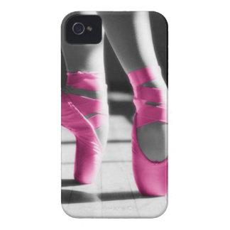 Chaussures de ballet roses lumineuses étuis iPhone 4
