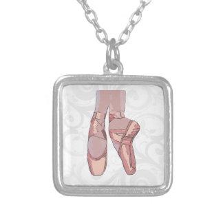 Chaussures d'orteil de pantoufles de ballet pendentif carré