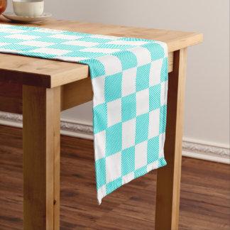 Chemin De Table Court Contrôles de bleu et de blanc