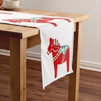Chemin De Table Court Coureur rouge de Tableau de cheval de Dala