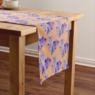 Chemin De Table Court Crocus pourpres 02,8