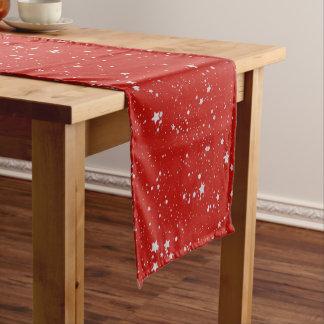 Chemin De Table Court Étoiles de parties scintillantes - rouge argenté
