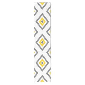 Chemin De Table Court Motif géométrique de diamant jaune de blanc gris