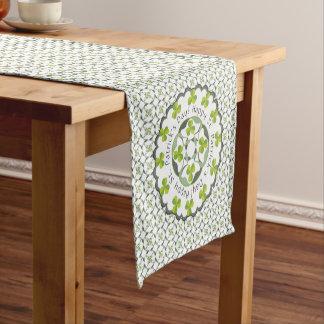 Chemin De Table Court Motif inspiré par Celtic de shamrock du jour de St