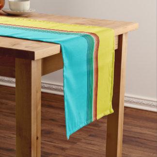 Chemin De Table Court Motif rayé multicolore bleu jaune de Brown