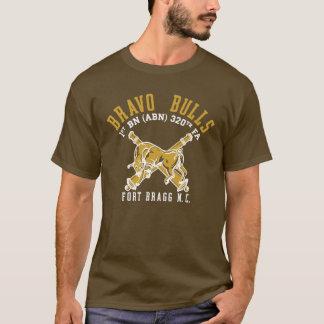 Chemise brune de pinte de taureaux de bravo t-shirt
