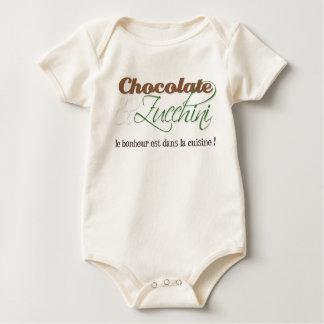 Chemise de bébé de chocolat et de courgette barboteuse