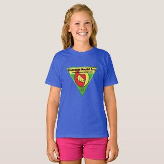 Chemise de bleu de filles d'arts martiaux de t-shirt