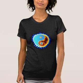 Chemise de Yin Yang de flammes bleues T-shirts
