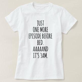 Chemise drôle de observation de pyjama d'intoxiqué t-shirt