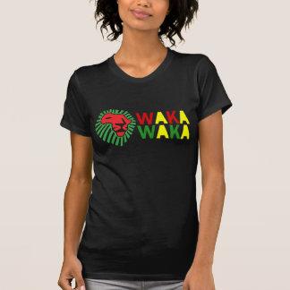 Chemise rouge de Waka Waka de crinière de vert de T-shirt