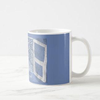 """Chère tasse d'Evan Hansen """"étape dans The Sun"""""""