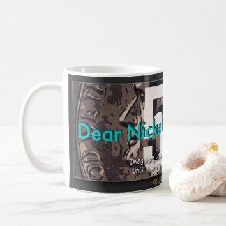 Chers graphiques de garçon de nickel mug