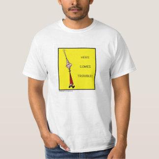 Chester ici vient problème ! T-shirt