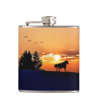 cheval courant - cheval de coucher du soleil - flasques