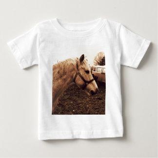 Cheval et autobus tachetés t-shirt pour bébé