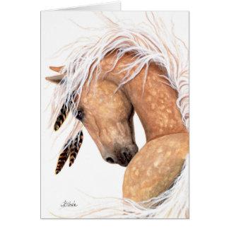 Cheval majestueux de palomino par la carte de