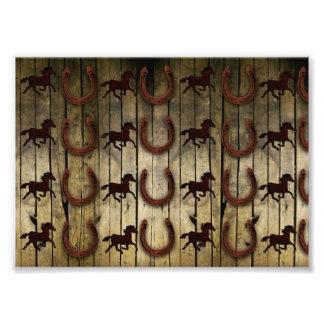 Chevaux et fers à cheval sur les cadeaux en bois photos sur toile