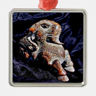 Chèvre en pierre de grand âge ornement carré argenté