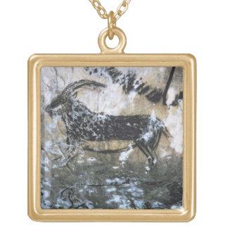 Chèvre ou chamois, peinture de roche dans la salle collier plaqué or