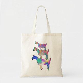 Chèvres colorées se tenant sur l'art Artsy Tote Bag