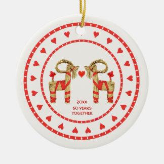 Chèvres suédoises de paille 60 ans ensemble datés ornement rond en céramique
