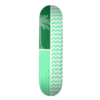 Chevron vert tropical plateaux de skateboards customisés