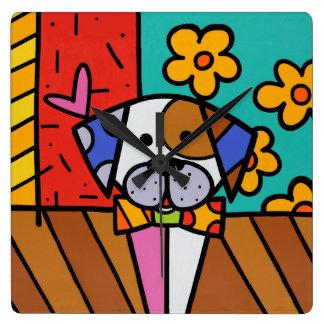 Chien coloré mignon, pour toute pièce d'enfants horloge carrée