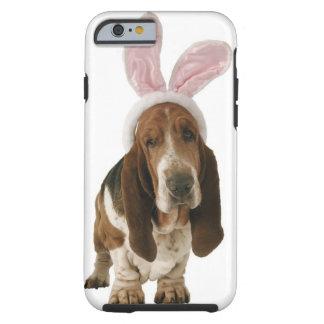 Chien de basset avec des oreilles de lapin coque tough iPhone 6