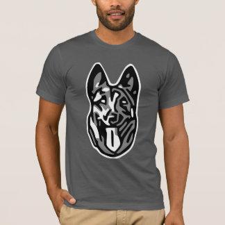 chien malinois t-shirt