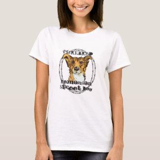 Chien roumain de race de rue t-shirt