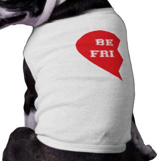 Chiens étant assortis de meilleur ami t-shirt pour chien