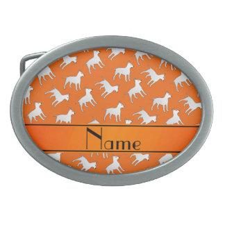 Chiens oranges nommés personnalisés de boucle de ceinture ovale