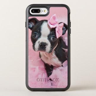 Chiot mignon superbe de Boston Terrier portant un Coque Otterbox Symmetry Pour iPhone 7 Plus