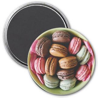 Chocolat et aimant rose de réfrigérateur de