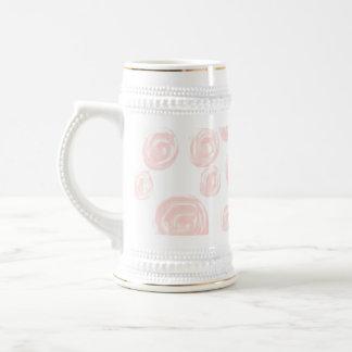Chope À Bière Assez doucement motif de rose de rose sur le blanc