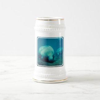Chope À Bière Bière Stein de photo de lamantin