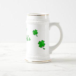 Chope À Bière Le jour Stein de St Patrick