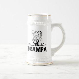 Chope À Bière Nouveaux T-shirts et cadeaux de sourire de Grampa