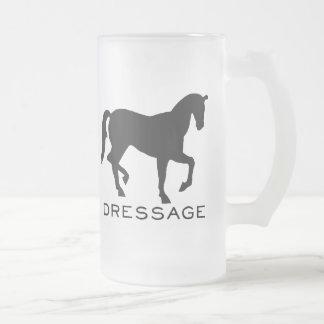 Chope Givrée Dressage avec le cheval dans le cadre