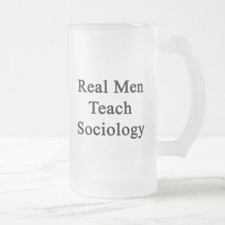 Chope Givrée Les vrais hommes enseignent la sociologie