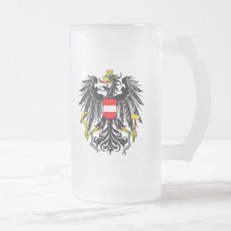 Chope Givrée Manteau des bras autrichien
