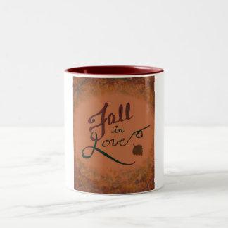 Chute dans la tasse d'amour !